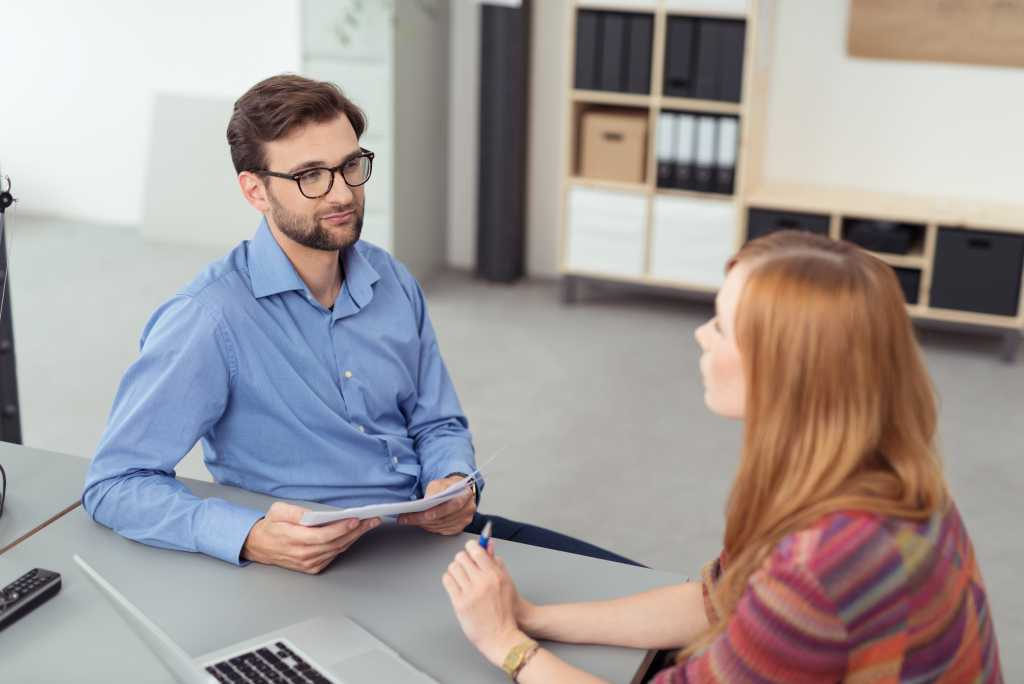 Informal discussion about absenteeism with employee